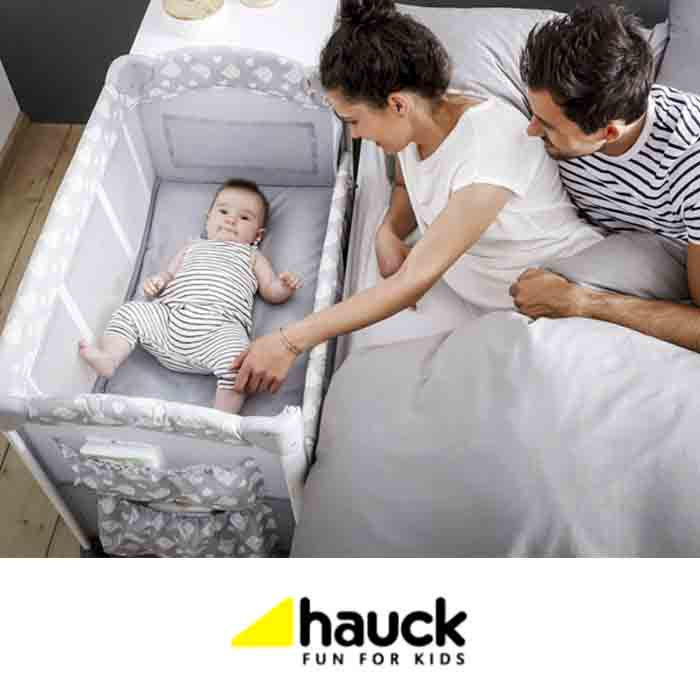 Hauck Sleep n Care Plus Travel Cot / Bedside Crib