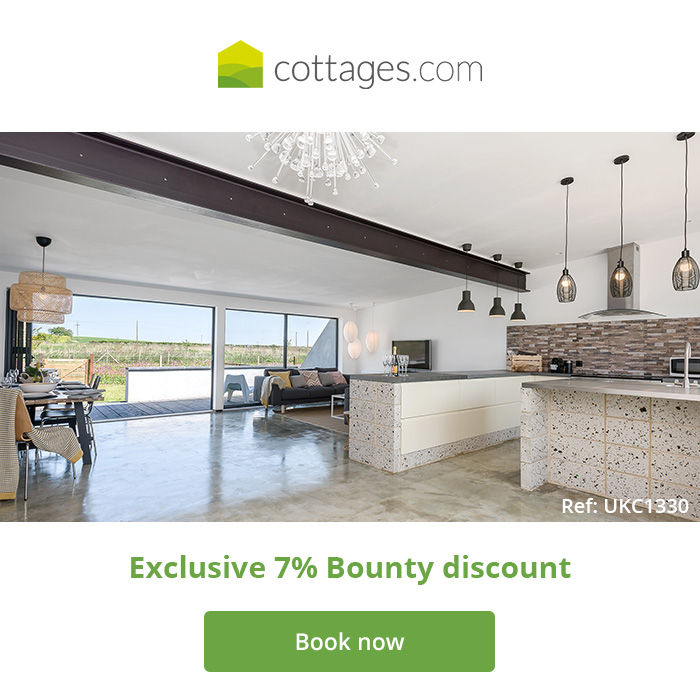 bounty-cottages-2-700x700