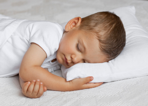 toddler on pillow 474