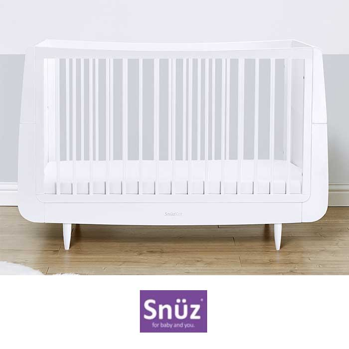 Snuz SnuzKot Skandi Cot Bed With Free Maxi Air Cool Mattress